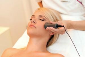 Jedną z metod, cieszącą się ogromnym powodzeniem wśród kobiet i nie tylko, jest mezoterapia.