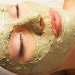Charakterystyczne dla tego rodzaju skóry jest zaczerwienienie w okolicach policzków