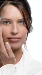 Kwas hialuronowy dla prawidłowego nawilżenia skóry